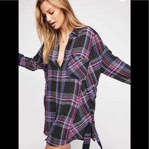 Free people ***Nordic Day Buttondown Top